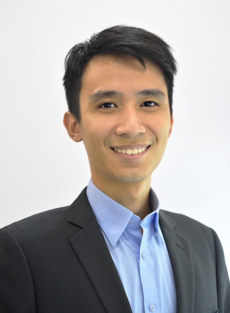 Dr Gary Lo
